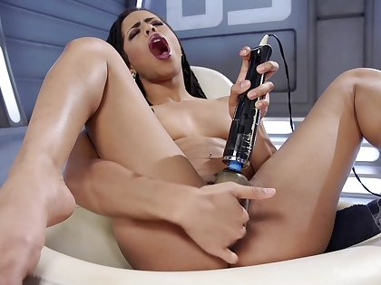 Solo ebony chip divide up Kira Noir pleasures their way cunt with lovemaking toys