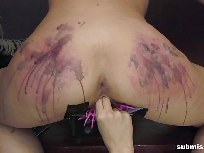 Derogatory pussy and ass torture prizefight at the end of one's tether beauteous Goddess Starla