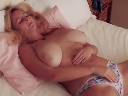 Fuck this hottie has some accurate big boobs and she makes me want encircling titty have a passion their way