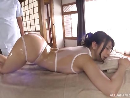 Big ass Japan babe rammed with toys in a kinky play
