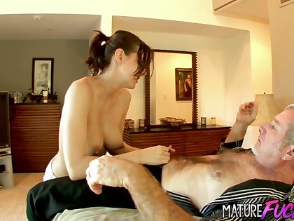 Mature Dickdown for Teen Sadie Holmes